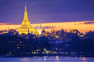 Myanmar,Birmania, atardecer Yangon. Indika viajes